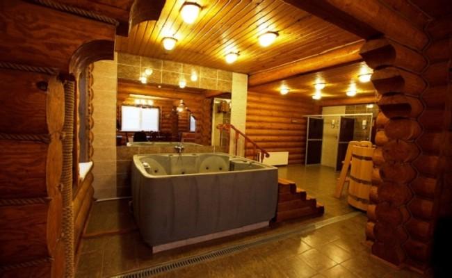 Гидромассажная ванна в Бане