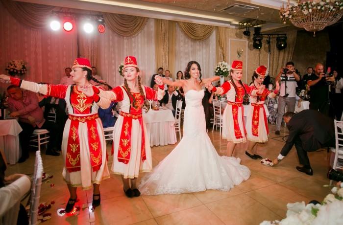 Танец невесты в Марфино