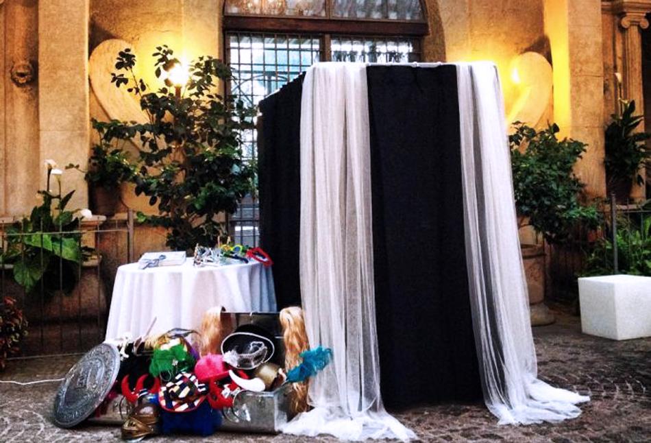 Фотокабина на свадьбе