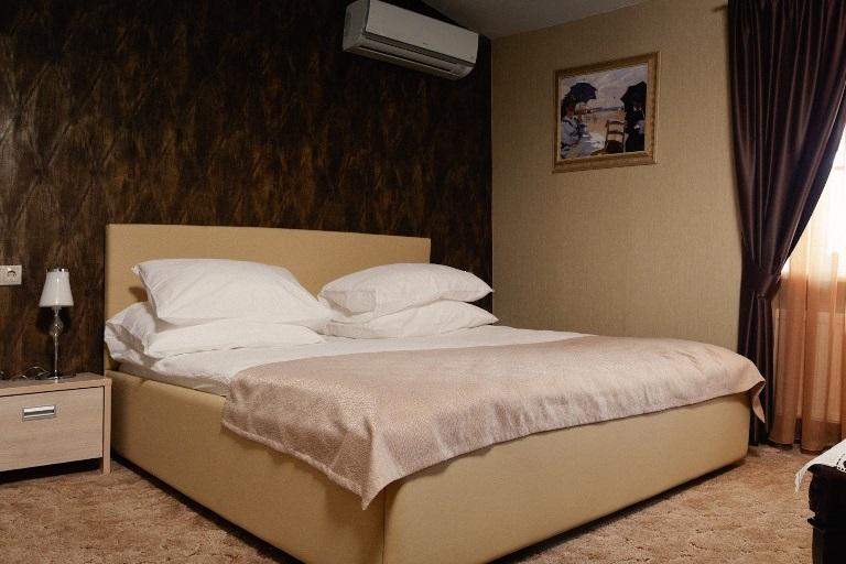 Номер Стандарт - кровать