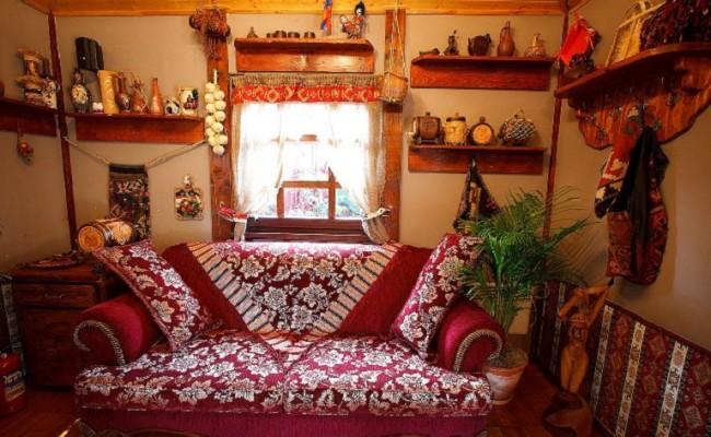 Диван в Армянском домике